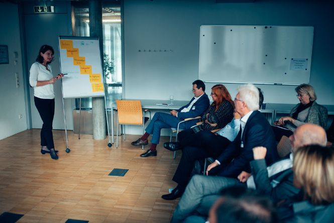 "Workshop - ""Smart + Smart = Dumm?"""
