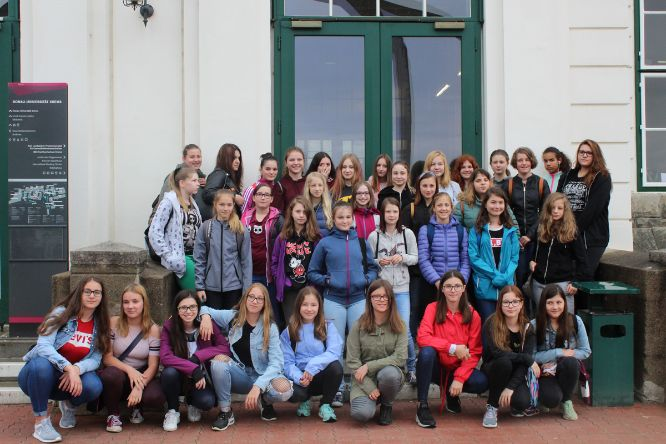 Girl´s Day 2018_Gruppenfoto